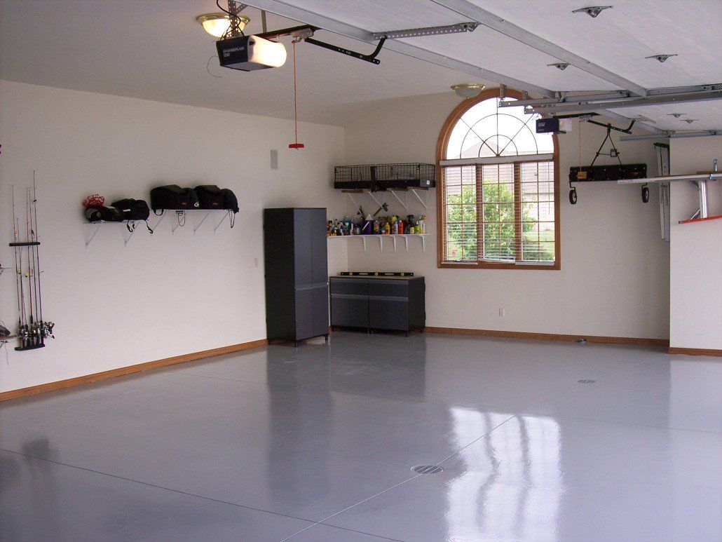Tips on How to Apply Epoxy Paint on Your Garage Floor